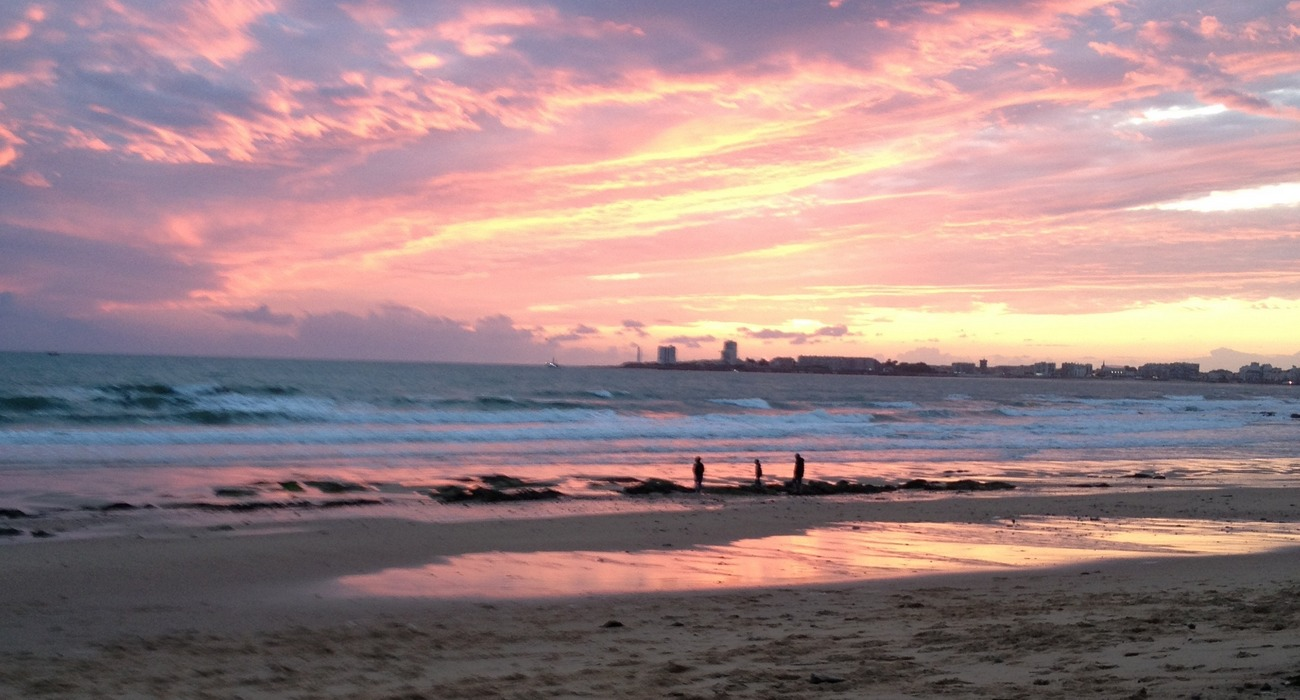http://www.marianneboissard-psychologue.fr/uploads/imagesSlider/slide-couche-soleil.jpg